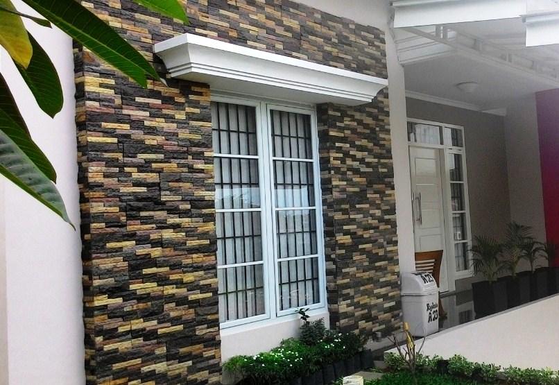 Batu Alam Dinding Depan Rumah